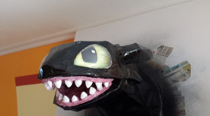 Toothless (Base form)
